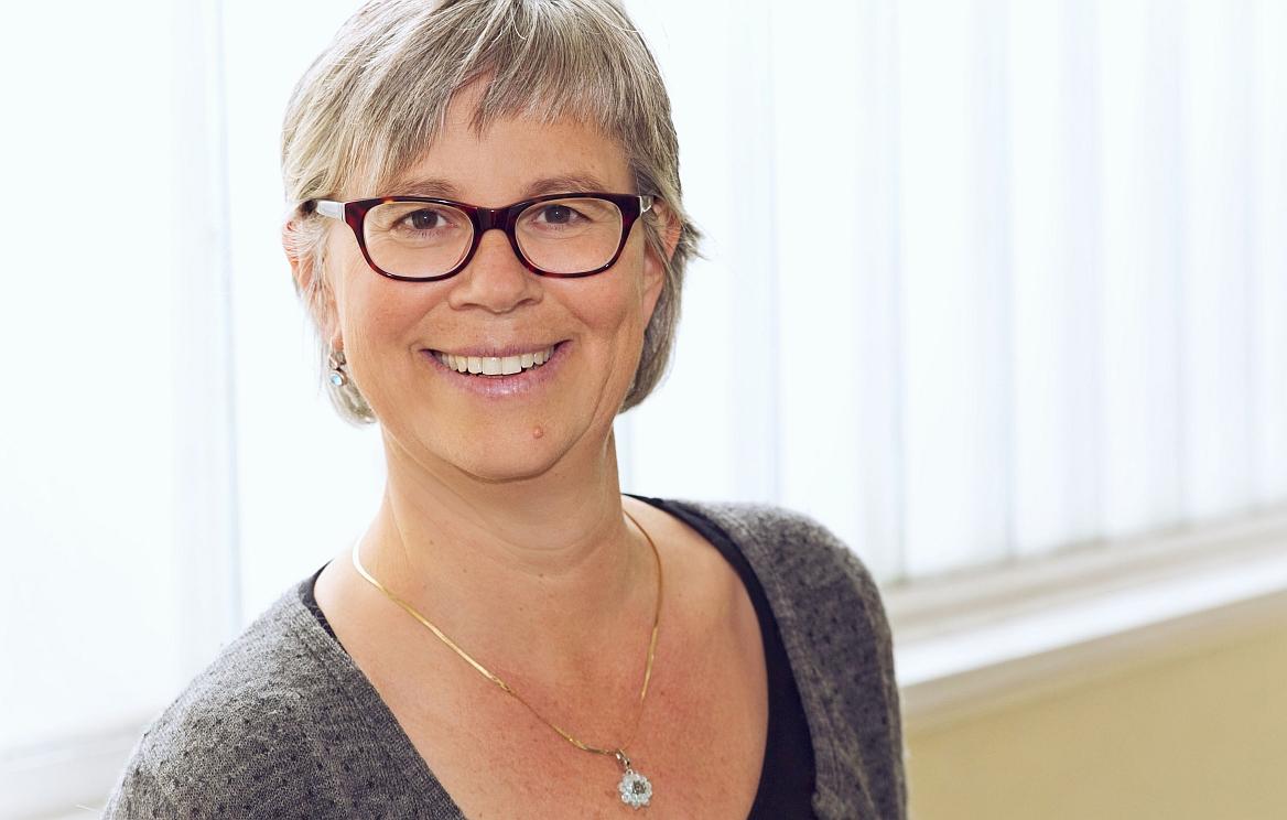 Dr.  Dagmar Laura Hertle